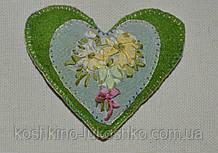 Сердце зеленое вышивка шелковой лентой