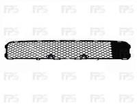 Решетка  в передний бампер средняя MITSUBISHI LANCER 08-