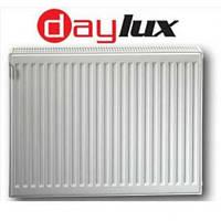 Стальной радиатор отопления Daylux класс 22 300H x1000L — с боковым подключением