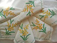 Набор праздничных салфеток из хлопка с вышивкой ручной работы 6 шт.