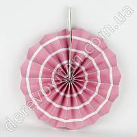 Подвесной веер, светло-розовый в белую полоску, 30 см - бумажный декор-розетка