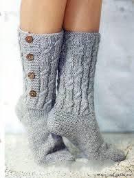 Рукавички и носки из натуральной шерсти .