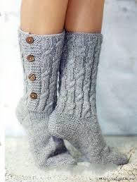 Рукавички і шкарпетки з натуральної вовни .