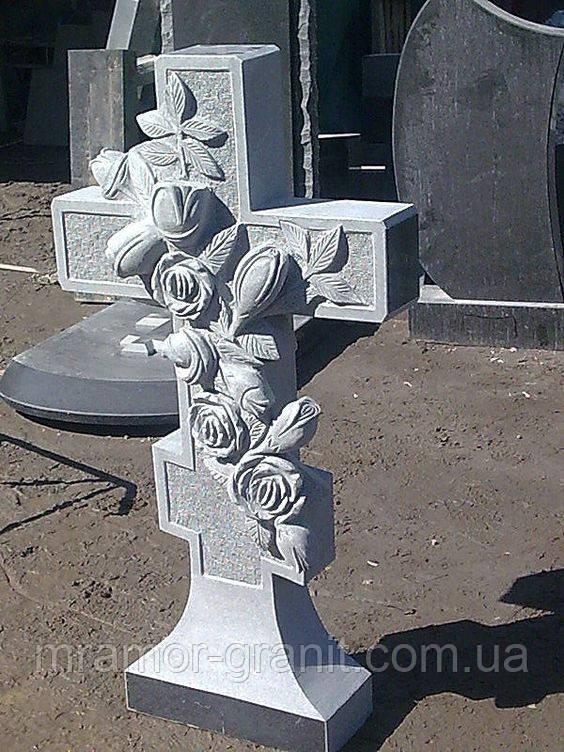Мраморный крест с резными розами М - 92