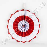 Подвесной веер, красный с широкой белой полосой, 40 см - бумажный декор-розетка