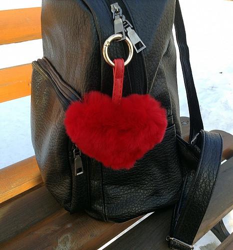 Сердце - брелок Luxury (красный) натуральный мех