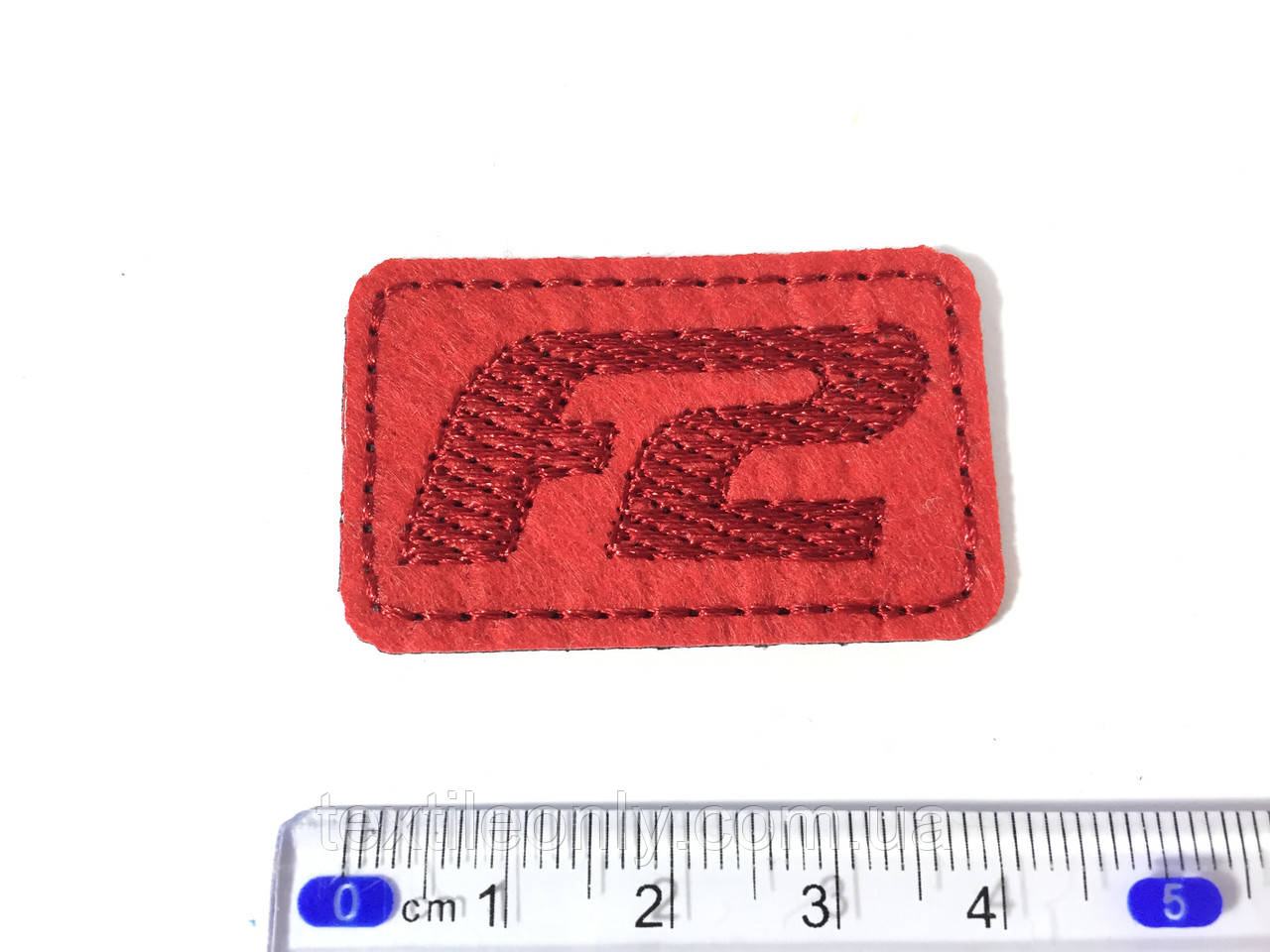 Нашивка Formula 2 , цвет красный