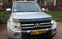Дефлектор капота (мухобойка) Mitsubishi Pajero Wagon IV 2006-