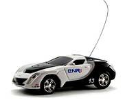 Машинка микро р/у 1:67 GWT 2018 (модель 3)