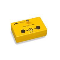 Патрон для лампочки с цоколем E10 в электробезопасной коробке