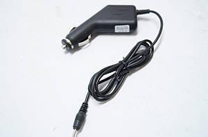 Універсальне автомобільне зарядний пристрій для планшетів 2.5