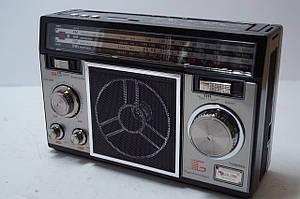 Радіоприймач GOLON QR-6510UAR SD/USB