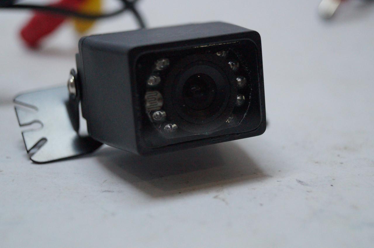 Автомобильная камера заднего вида E397