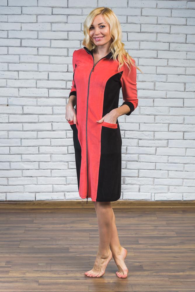 Домашний женский велюровый халат красный