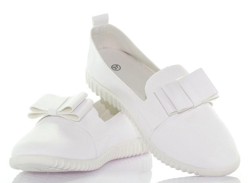 Стильные белые женские слипоны от производителя размеры 38,39,41