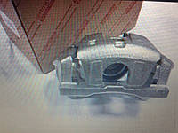 Суппорт передний правый LEXUS RX300/330/350/RX400H, HIGHLANDER