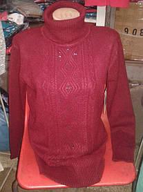 Оригинальная женская кофта под горло.