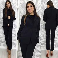 Модный черный  стрейчевый брючный костюм. Арт-9706/11