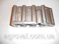 Крышка гидрораспределителя Р-80 (утюг) нижняя алюминиевая (3 секции) Р80-23.20