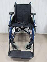 Инвалидная коляска для передвижения по дому и улице Meyra  40 см.