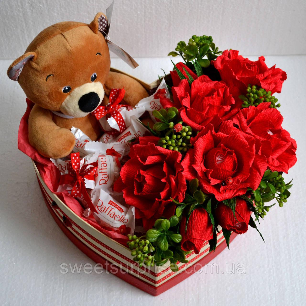 Подарочный набор с мягкой игрушкой на День влюбленных
