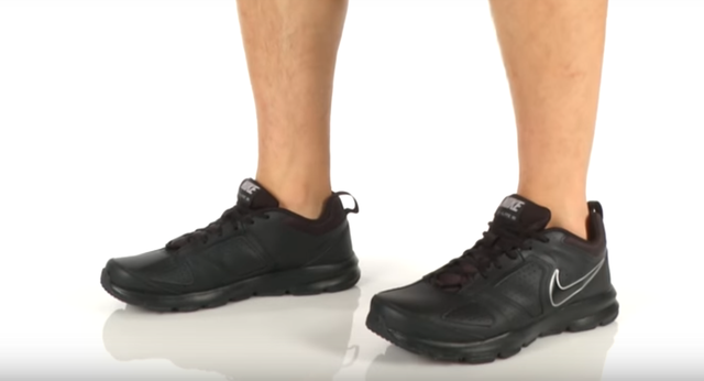 Все кроссовки Nike