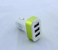 Автомобильное зарядное устройство  CAR USB 3 USB