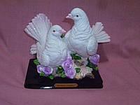 Пара воркующих голубей статуэтка 23 сантиметров высота