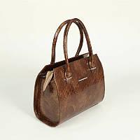 Деловая ручная сумка в коричневом лаке по крокодила