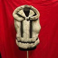 Меховая жилетка из шиншиллы 55 см