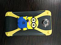 Чехол бампер универсальный Миньон жёлтый 4 - 4,5 - 5 дюймов