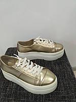Слипоны,кеды на шнурках,золото