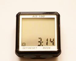 Велокомпьютер, спидометр ASSIZE AS - 100 проводной (11 режимов)