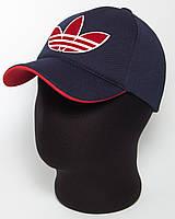 """Бейсболка спортивная """"Adidas"""" лакоста пятиклинка темно-синего цвета с красным подкозырьком и эмблемой"""