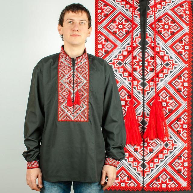 Чоловіча вишиванка на чорному тлі з червоною вишивкою. Виготовлена з  сорочкової тканини - склад 65% катон f89d46dd22978