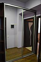 Шкаф-купе с зеркало
