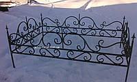 Кованая ритуальная оградка 14