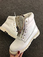 Крутые женские ботинки BALMAIN белые утепленные