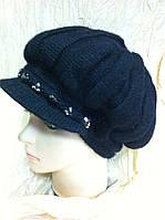 Черная женская  кепка из ангоры с украшением из камней