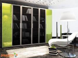 Эксклюзивный книжный шкаф с применением современных фасадов.