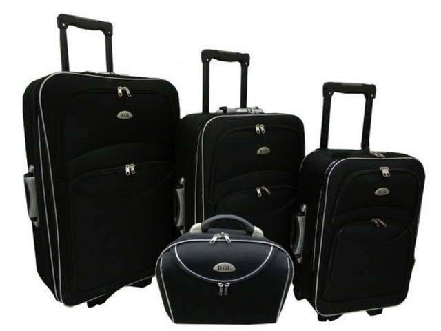 Дорожные чемоданы и сумки на колесах