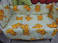 """Защита, мягкие бортики в детскую кроватку """"Мишки пара спят"""" зеленая"""