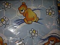 """Защита, мягкие бортики в детскую кроватку """"Мишка с пчелкой на соты"""" голубая"""