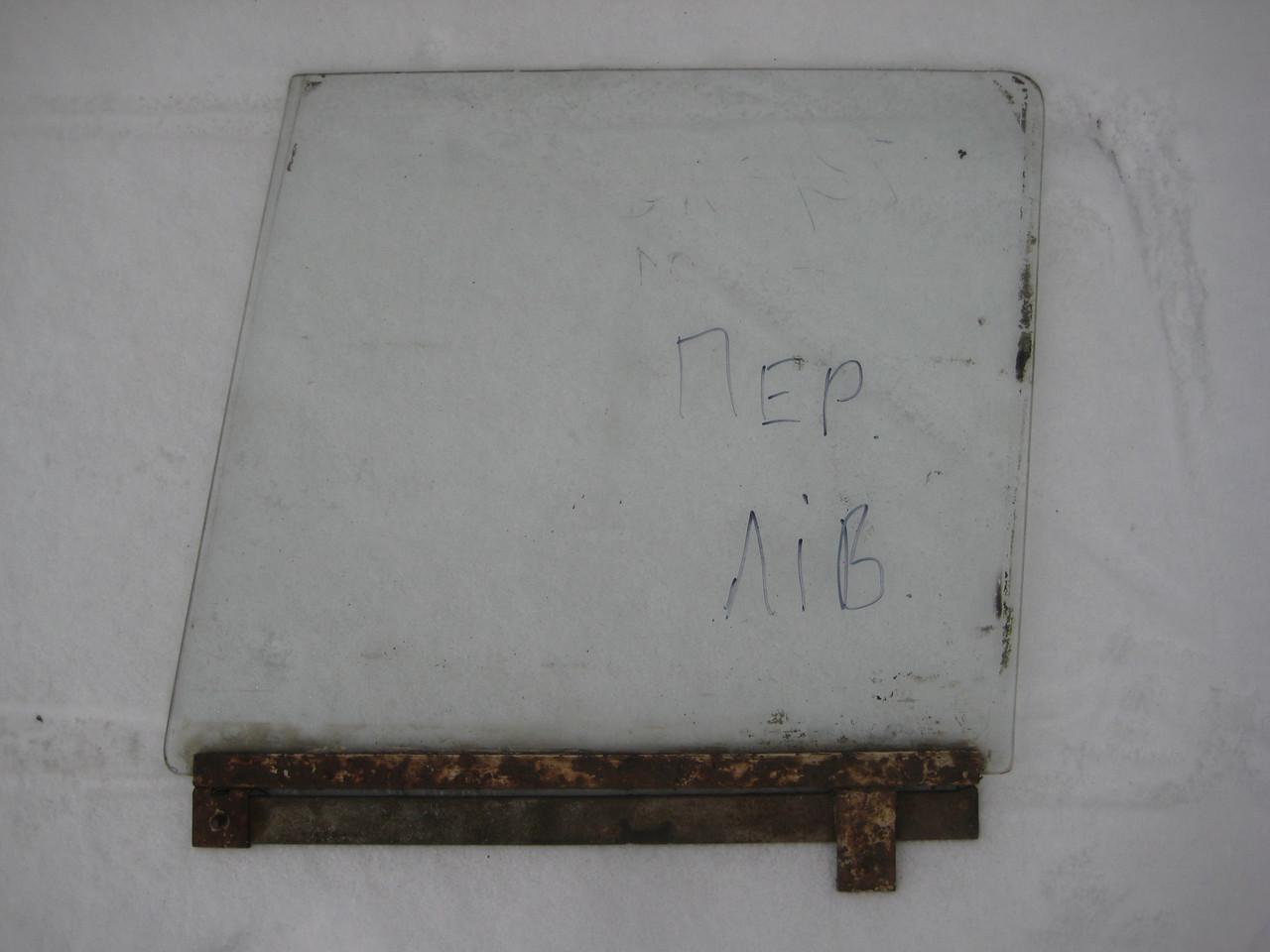 Стекло двери переднее левое Волга ГАЗ 21