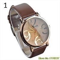 Оригинальные модные женские часы , коричневые