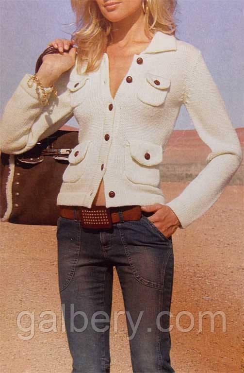 Белый вязаный жакет с накладными карманами