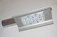 Уличный консольный светодиодный LED светильник CRE-U-50W-5600LM