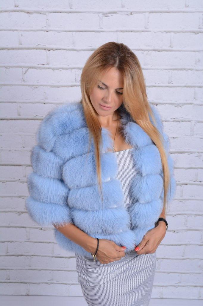 Женская шуба из натурального меха финского песца, цвет голубой, короткий рукав (050)