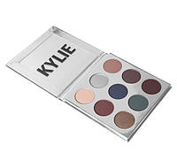 KYLIE JENNER the royal peach palette kyshadow Royal