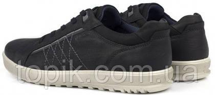 На что стоит обратить внимание при покупке мужской обуви?